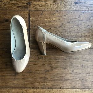AGL Nude Patent Wooden Pumps size 9 39